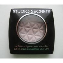 L'Oreal Studio Secrets Mono Eye Shadow - 670 Metallic Grey